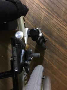 車椅子ブレーキ交換1